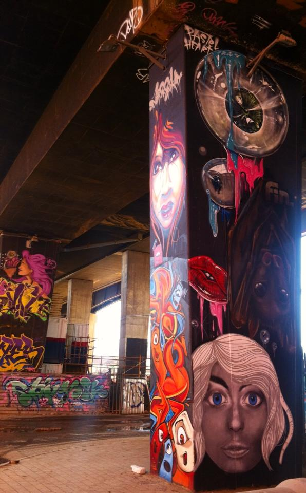 These pillars are re-painted every year by different groups as a part of the graffiti festival