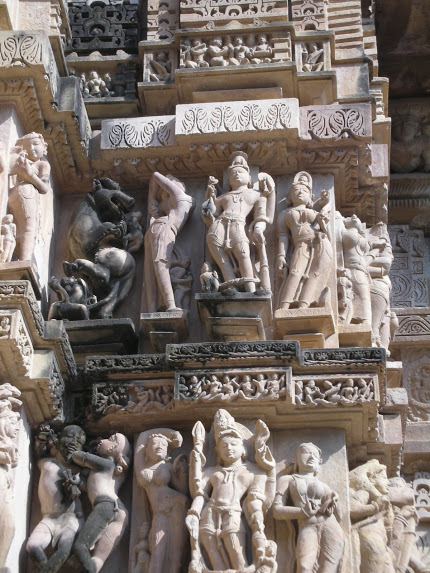 Carvings in the Khajuraho temple