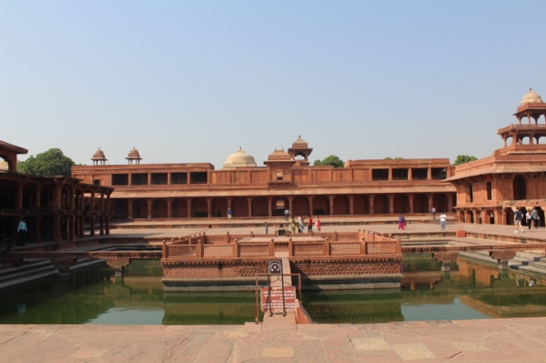 Courtyard inside Fatehpur Sikri